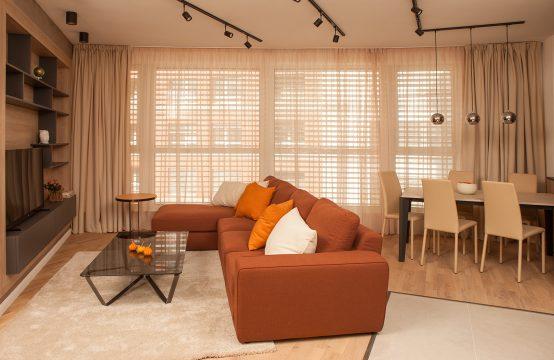Two bedroom apartment for rent in Oborishte area