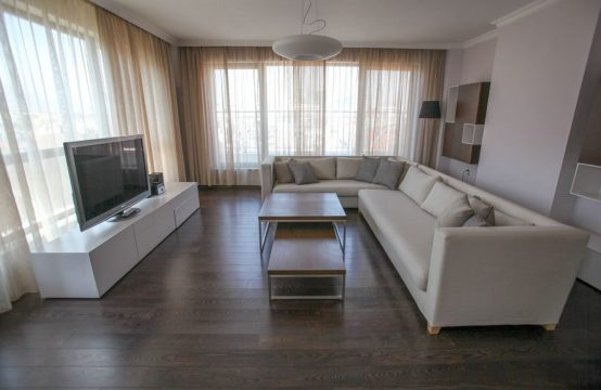 For rent three bedroom apartment in Lozenets